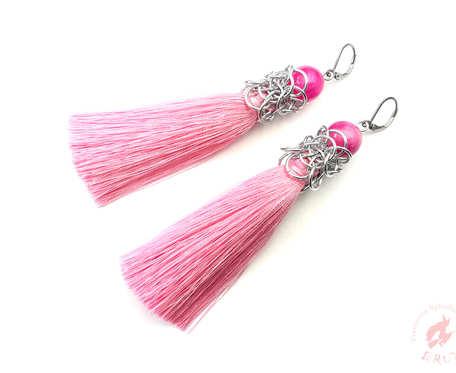 Długie kolczyki chainmaille z chwostem różowe