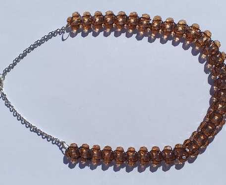 Naszyjnik z brązowych kryształków