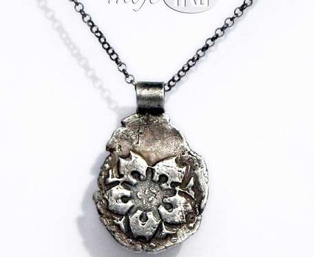 Kwiatulek - wisiorek srebrny