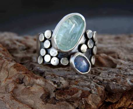 Obrączka srebrna z akwamarynem i opalem