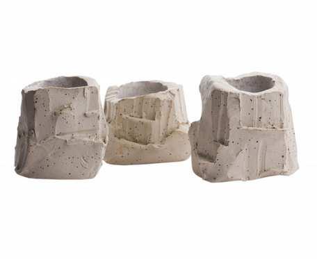 Zestaw wazoników ceramicznych