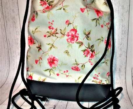 Plecak damski młodzieżowy różyczki