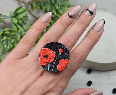 Duży regulowany pierścionek