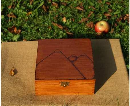 drewniana herbaciarka