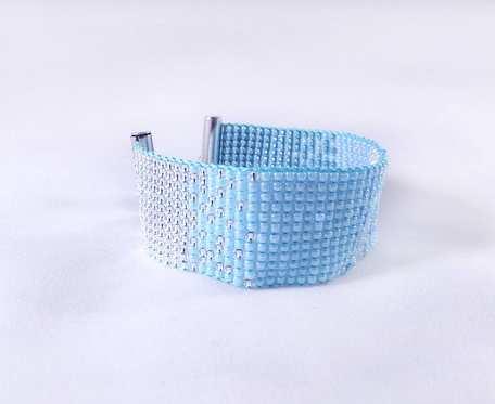 Piękna bransoletka w zimowym klimacie