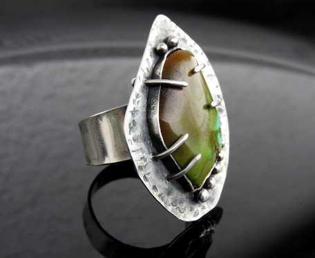 Pierścionek srebrny z turkusem tybetańskim