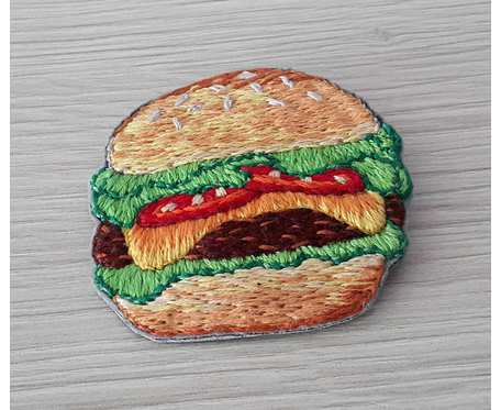 Broszka hamburger