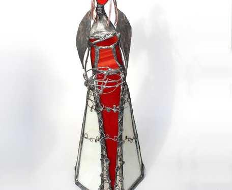 Anioł Bekaro - witrażowa szklana figurka