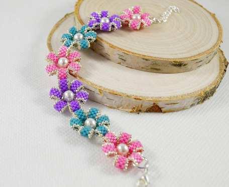 Kolorowe kwiatuszki bransoletka