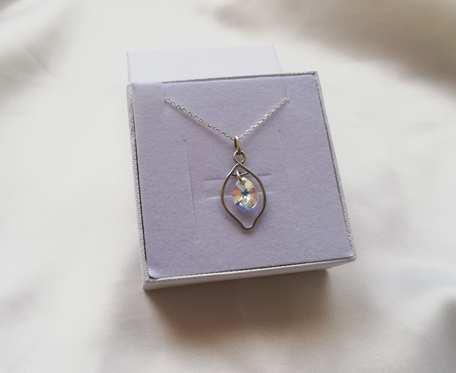 Srebrny naszyjnik z kryształkiem swarovskiego_v3