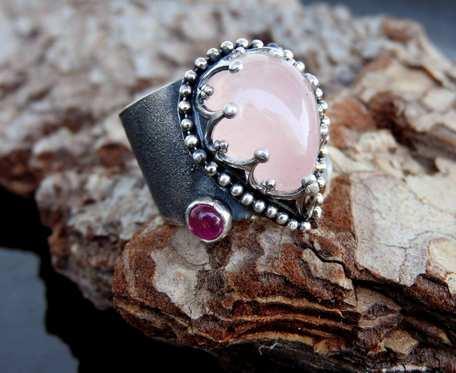 Pierścionek srebrny z kwarcem różowym i turmalinem