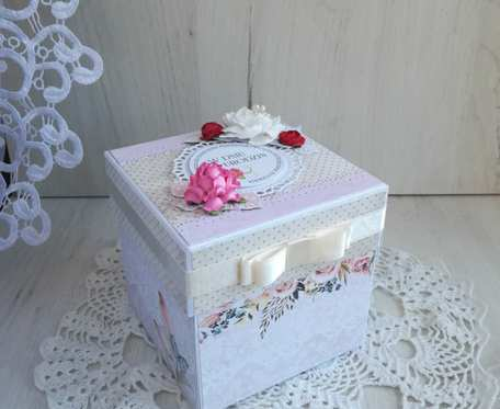 Exploding box na 50 urodziny, urodzinowy