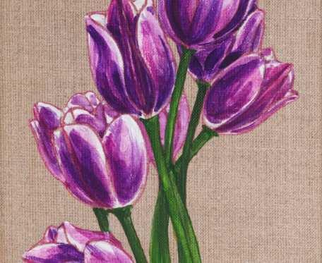 Fioletowe tulipany - obraz namalowany na naturalnym płótnie lnianym, oprawiony w drewnianą ramę
