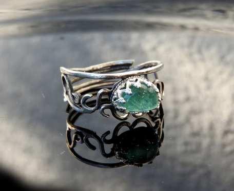 Pierścionek srebrny z turmalinem