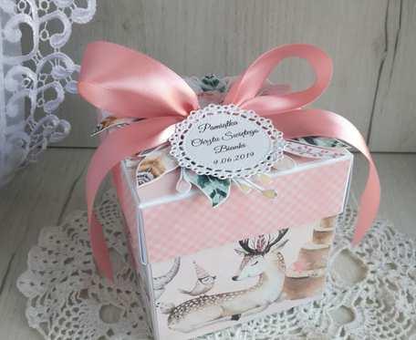 Exploding box różowy, chrzest, narodziny