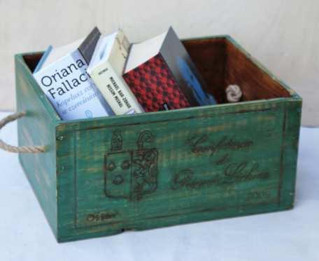 Skrzynka-kufer-pojemnik ciemno zielona