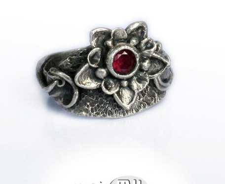 Kwiat królewski - pierścionek