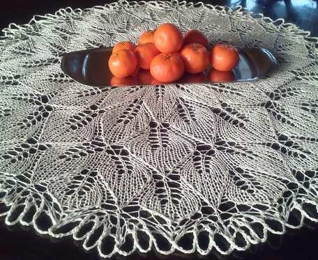 Obrus na drutach, 70 cm
