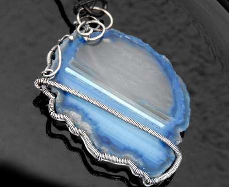 Wisiorek srebrny z plastrem agatu niebieskiego