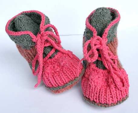 Włóczkowe prawie glanki - buciki dla dzieci