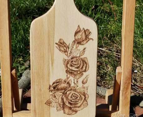 Różana deska do krojenia
