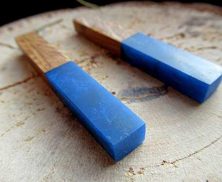 Drewniane kolczyki eko lizaki niebieskie