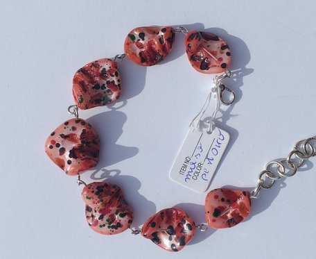Bransoletka z masy perłowej - bryłki nakrapiane czarwone -  wzór IV