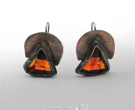 Triangielki w pomarańczu - kolczyki