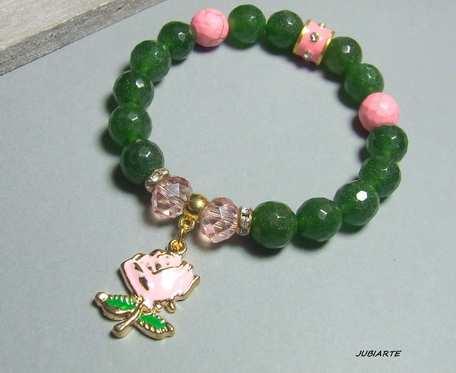 Jadeit i róża, elastyczna bransoletka