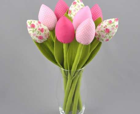 Tulipany z materiału, szyte