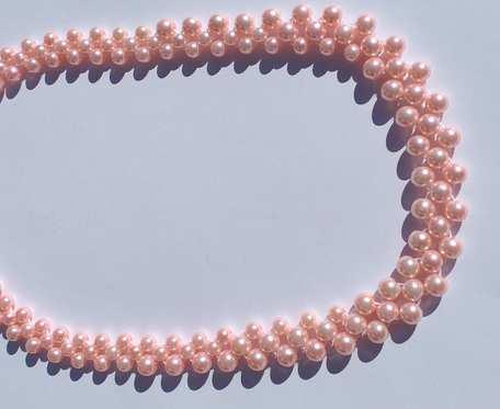 Korale z różowych perełek