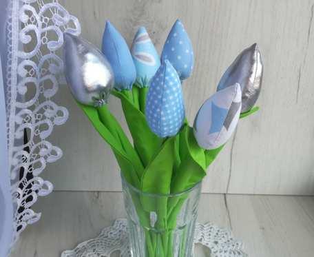 Tulipany z bawełny bukiet niebieski Dzień Kobiet